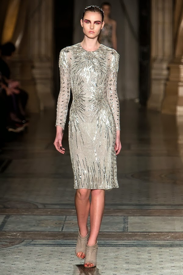 Julien Macdonald AW14 Autumn Winter 2014 Womenswear LFW_The Style Examiner (2)