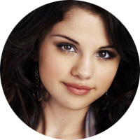 Selena_Gomez_cancer-astrology