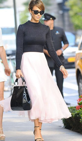 taurus-fashion-jessica-alba
