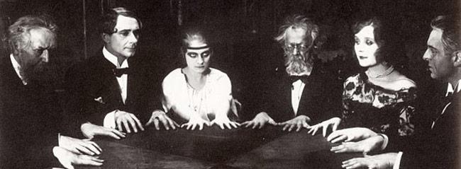 halloween-seance