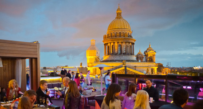 Moongazing-mixupbar-st-petersburg