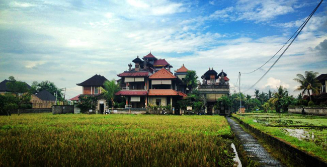 Bali-Moon-guesthouse-main